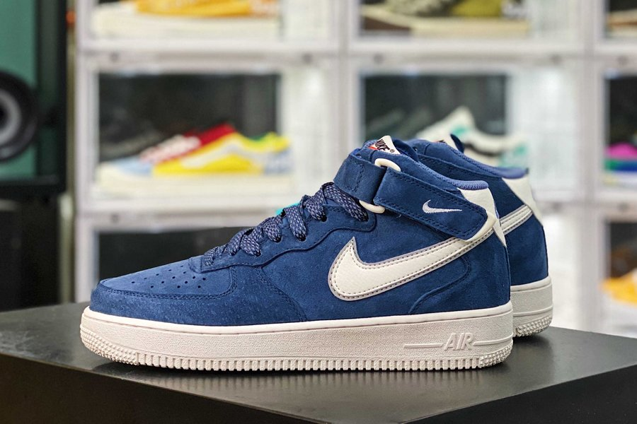 Nike Air Force 1 Mid Navy Suede With 3M Reflective Shoelaces