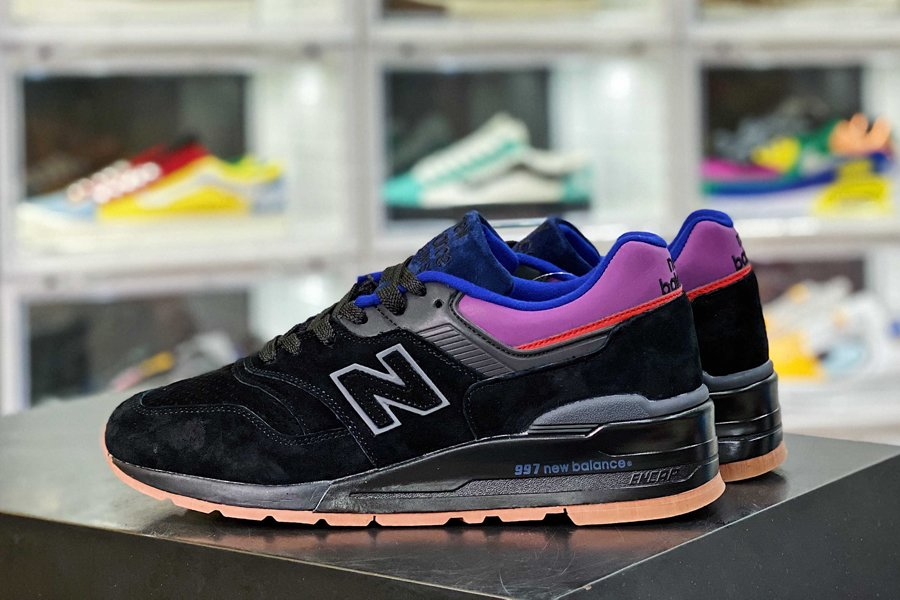 M997CSS New Balance 997 Made In The USA Black Magnet Mens