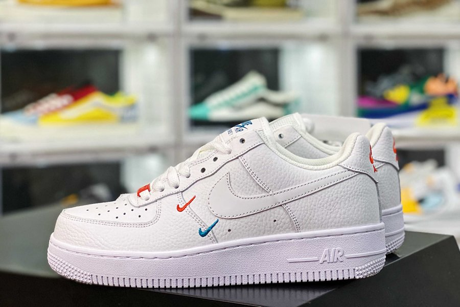 CT1989-101 White Nike Air Force 1 Low With Miami Double Swooshes